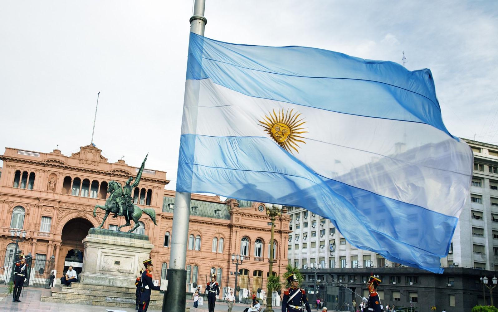 The Argentina flag, Casa Rosada, Plaza de Mayo, Buenos Aires, Argentina.